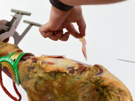 Corte de jamón de cebo Ceferino Parra
